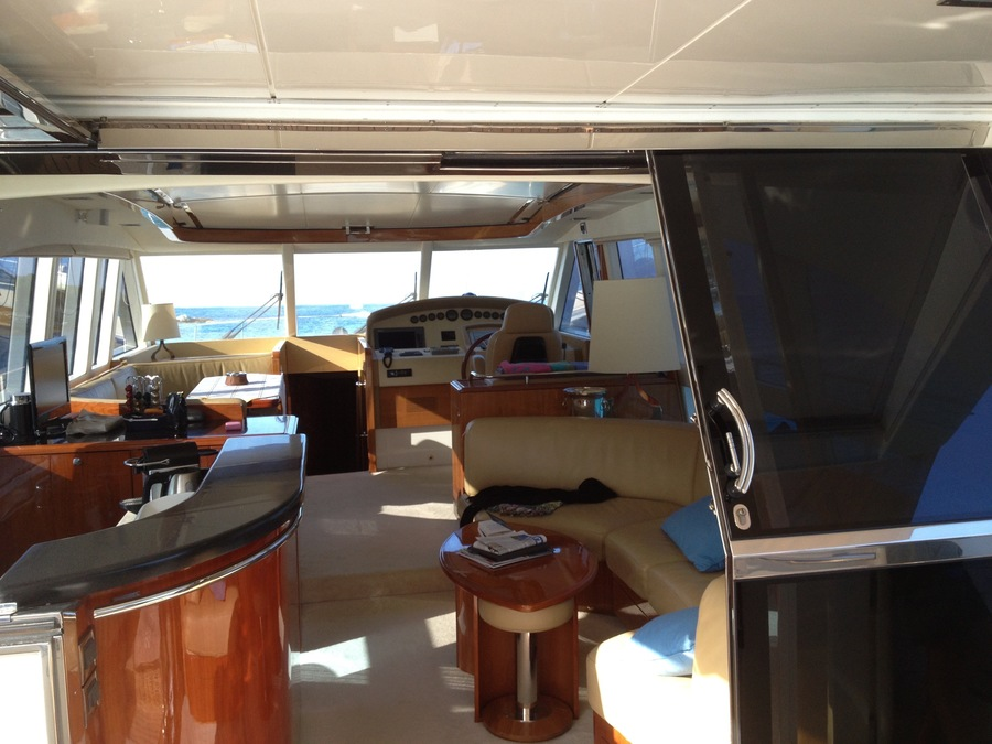 ANG-Yacht-Vente-Occasion-GUY-COUACH-2100-OPEN (5)