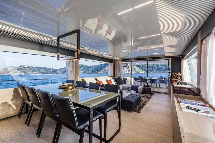 ANG-Yachts-Ferretti-780-Intérieur