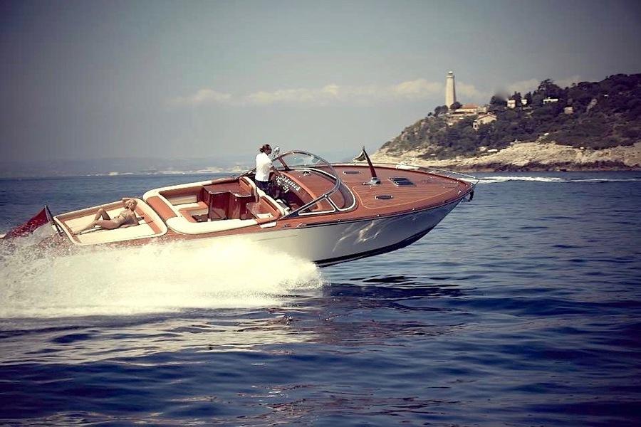 Location-J-Craft-42-ANG-Yachts-navigation