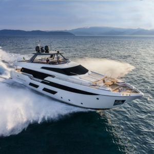 Ferretti-920-Location-ANG-Saint-Tropez