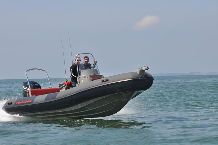 Ang-yachting-promarine-manta680-6
