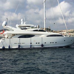 Location-Yachts-Cranchi-44-ANG